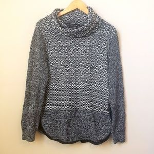 Lucky Brand knit crowl neck sweater